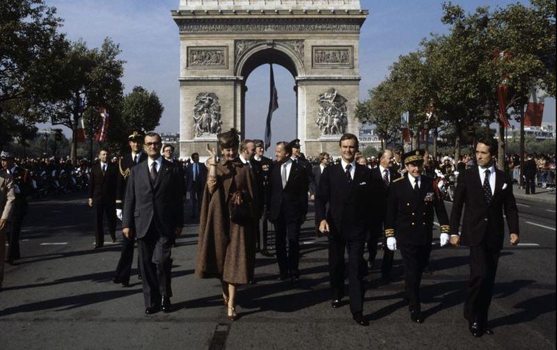 1978-VISITE-OFFICIELLE-EN-FRANCE-PM.jpg