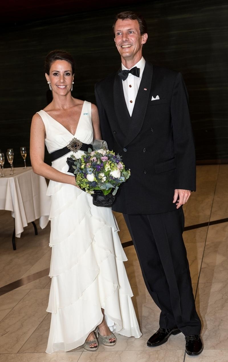 MAI-2014-Den-kongelige-familie-ankommer-til-festforestilling-i-Operaen-3.jpg